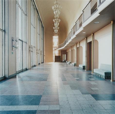 deutsches hygiene-museum dresden i by candida höfer