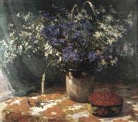 bouquet de bleuets et groseilles by guennadi petrigine-rodionov