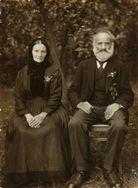 westerwälder bauernpaar (westerwald farmers couple) by august sander