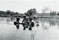 marcel duchamp, larry evans et hans richter jouant aux echecs pendant le tournage de dadascope by arnold eagle