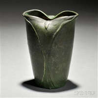 pottery vase by grueby