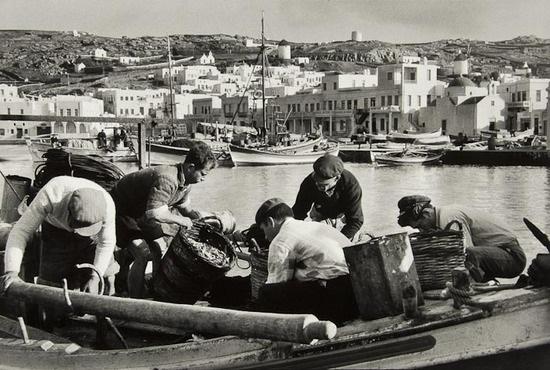 les pecheurs de mykonos greece by rené burri