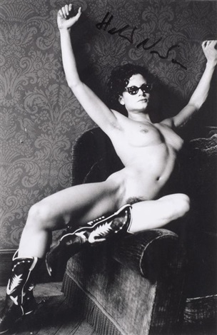 lisa lyon by helmut newton