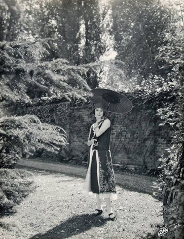 anna pavlova in the grounds of ivy house set of 5 works by james abbe