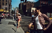 jodie crossing the street, taxi driver, new york city by steve schapiro