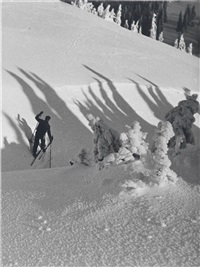 auf skitour by rudolf koppitz