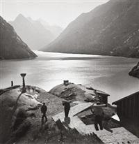 arbeiter an einem gebirgssee (+ schattenspiel; 2 works) by luise haas
