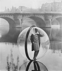 simone, bubble, seine, paris by melvin sokolsky