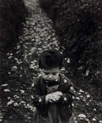 nena en el camino (asturias) by gabriel cualladó