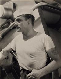 james cagney sur le tournage de here comes the navy (voilà la marine), de lloyd bacon by george hoyningen-huene