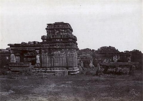 iwullee temple and cromlech outside the town from architecture in dharwar and mysore by thomas biggs