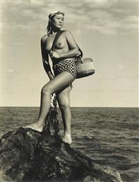untitled (ama divers) (3 works) by iwase yoshiyuki