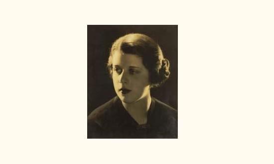 portrait dune jeune femme by lee miller