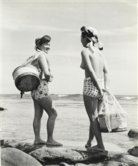 untitled (ama divers) (3 works) by iwase yoshiyuki