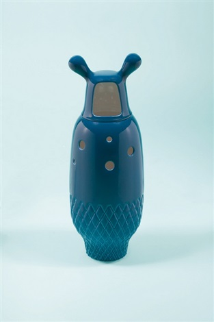 showtime vase 5 blue by jaime hayon