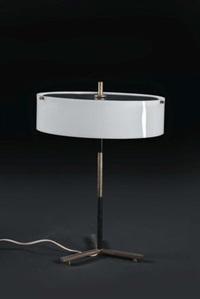 lampada da tavolo by tito agnoli
