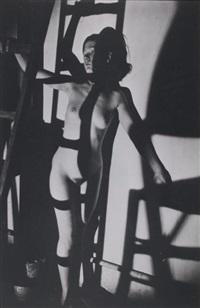 nu à l'échelle by maurice tabard