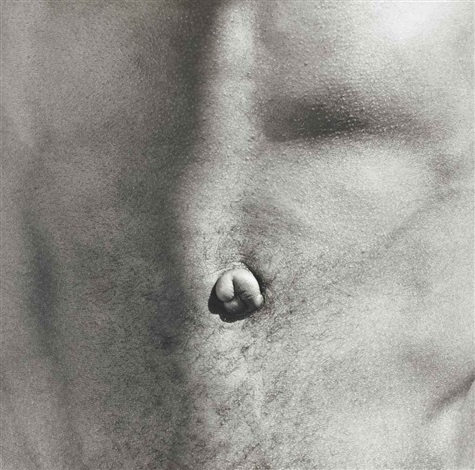 belly button by robert mapplethorpe