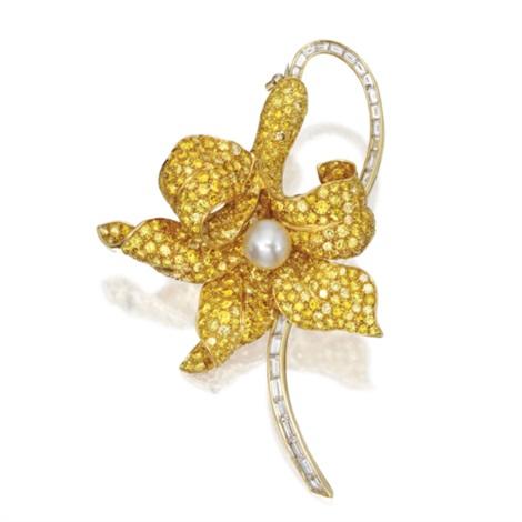 flower brooch by ambrosi