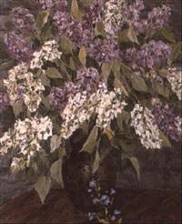 bouquet de lilas et petite campanule by nicolas gorov