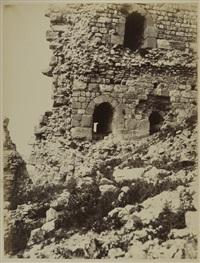 karak, fenêtres de l'angle nord-ouest du château, vue prise du sud-ouest by henri sauvaire