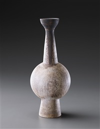 tall bottle vase with central ovoid volume by hans coper