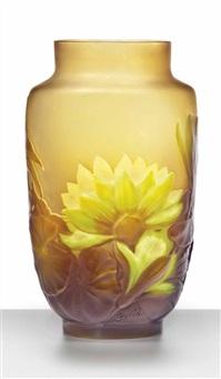 nénuphars vase by émile gallé