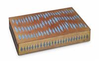 les losanges allongés, a box by line vautrin