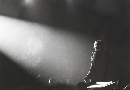 frank sinatra singing by john dominis