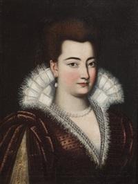 ritratto di gentildonna a mezzo busto in abito di velluto rosso e colletto di pizzo bianco by scipione pulzone