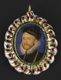 portrait d'un gentilhomme, en buste vers la gauche, en pourpoint noir, haut col de dentelle, barbe et moustache, et coiffé d'un bonnet noir rebrodé d'or by nicholas hilliard