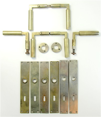two pairs and two loose door handles with six long lock plates and two small round  sc 1 st  Artnet & Two pairs and two loose door handles with six long lock plates and ...