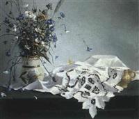 nature morte sur une dentelle blanche by anton katichev