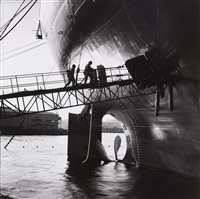 schiffswerft in sakai, osaka by paul almasy