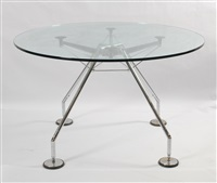 table ronde nomos by norman foster