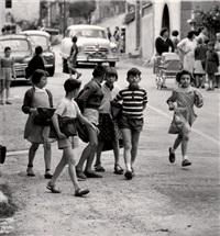 la sortie de l'école, biot by christian lemaire