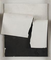 papier déchiré noir by angel alonso