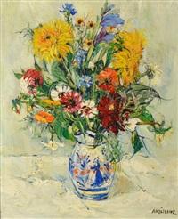 bouquet de fleurs dans un vase en quimper by yolande ardissone