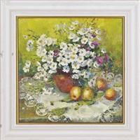 flowers and apples by yuri kuchinov