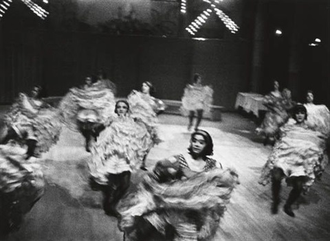 can can dancers moulin rouge by ilse bing