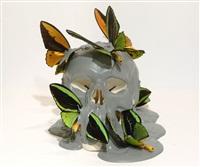 vanite grise aux papillons verts by philippe pasqua