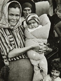 zigeunerin mit kindern (gypsies avec enfants) by hans baumgartner