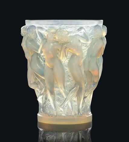 bacchantes vase no 997 by rené lalique
