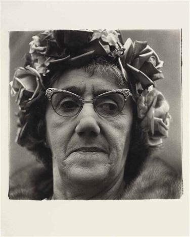 woman in a rose hat, n.y.c by diane arbus