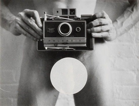 self-portrait with camera by robert mapplethorpe