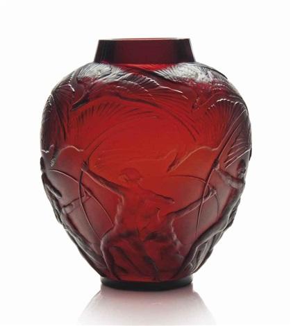 archer vase no 893 by rené lalique