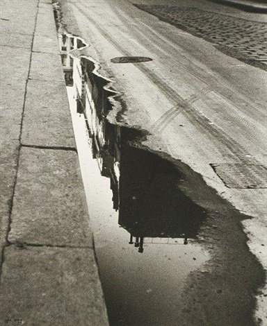 rue de valois paris by ilse bing