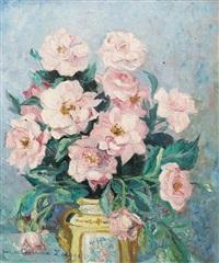 bouquet de roses dans un vase jaune by m. a. zoegger camax