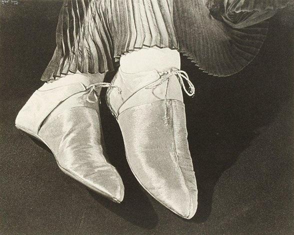 silver shoes. modèle alix. paris by ilse bing