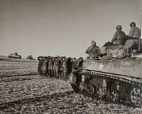 belgique. région de bastogne. 23-26 décembre 1944 by robert capa